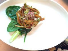 Tortino di tofu e verdure in salsa teriyaki